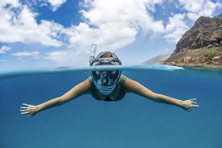 Picture of a snorkel.