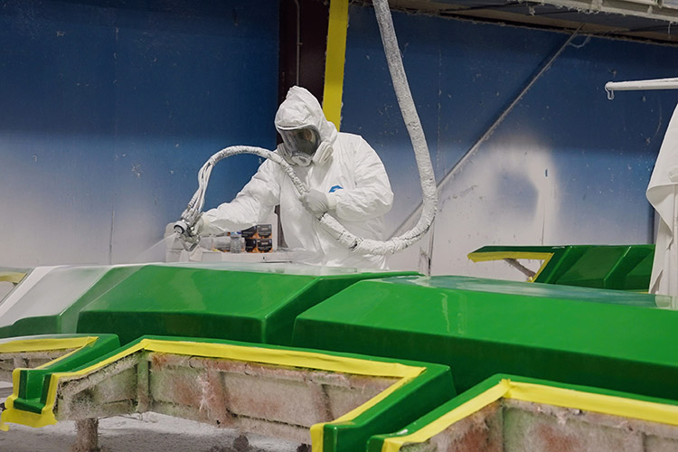 placing the mold.