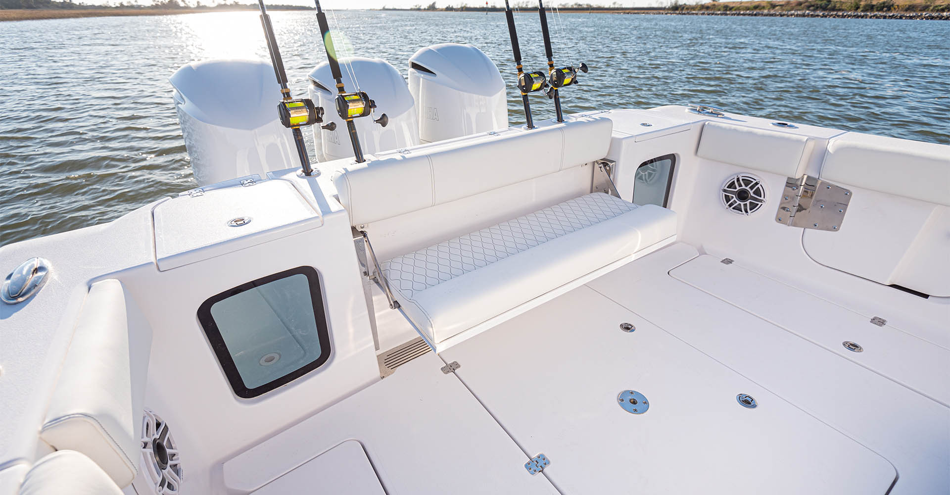 Main image of the Open 352 Center Console.