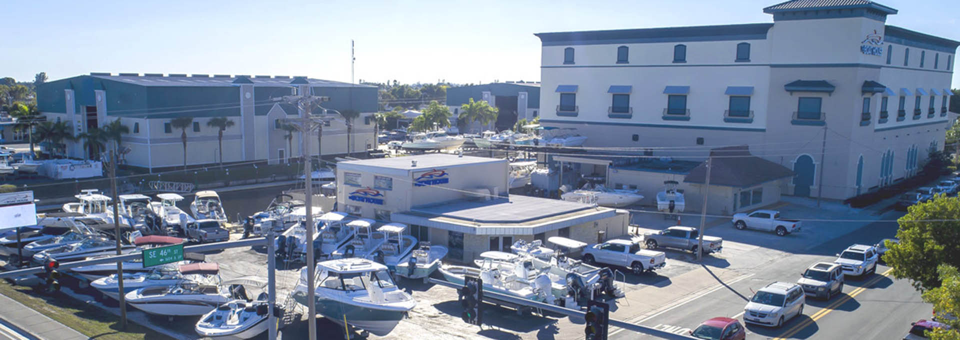 The Boat House In Cape Coral Fl Sportsman Boats