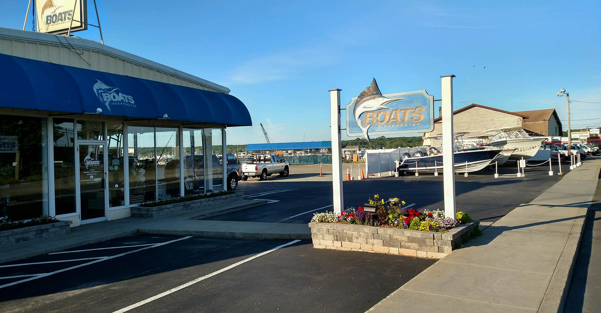 Store front image for the dealership located at Niantic, CT
