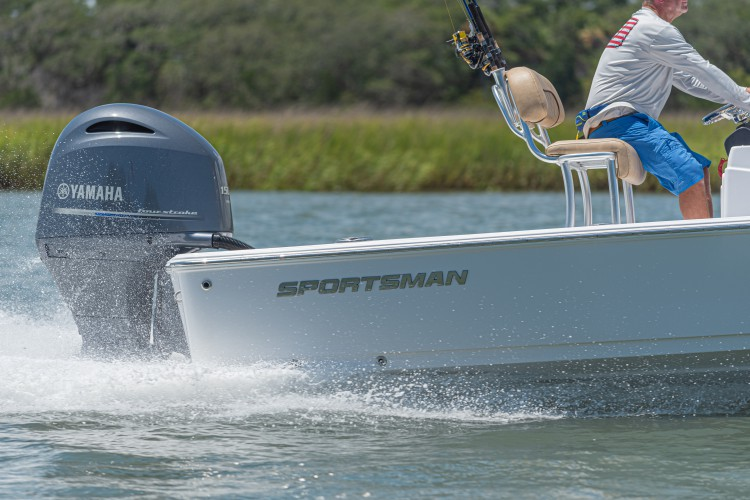 2020 Sportsman Tournament 214 Bay Boat Running Water