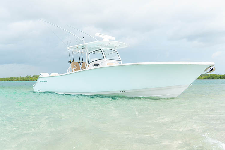 Premier Builder of Center Consoles & Bay Boats | Sportsman Boats