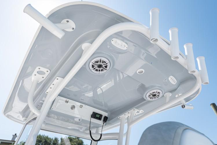Detail image of Fiberglass Hard-Top w/ Accessories
