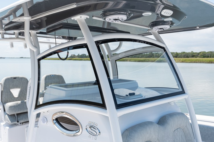 Open 312 Center Console · Features | Sportsman Boats