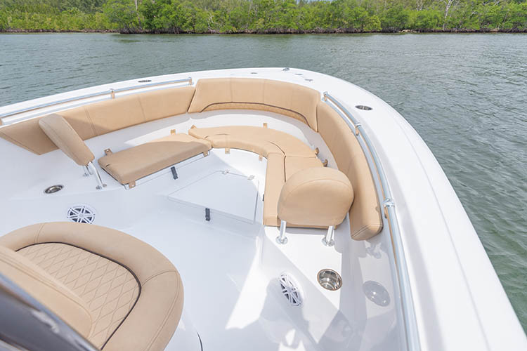 2019 Sportsman Heritage 231 Center Console Boat