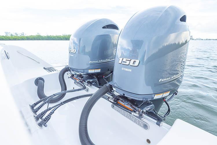 2019 Sportsman Open 252 Center Console Boat