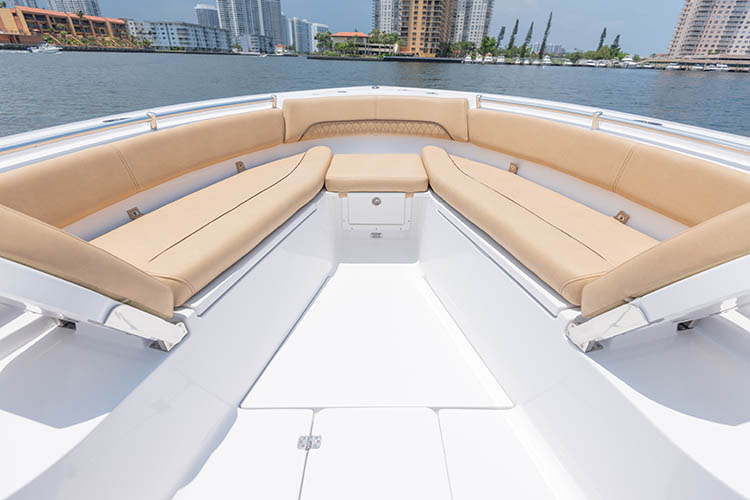 2019 Sportsman Open 282 Center Console Boat