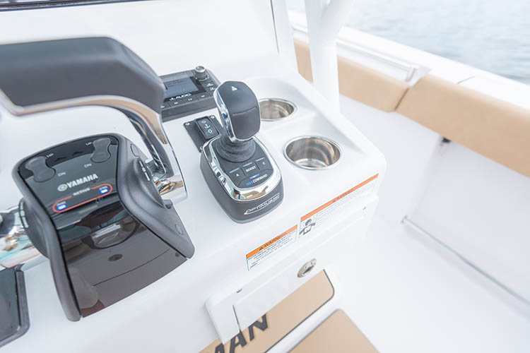 2019 Sportsman Open 312 Center Console Boat