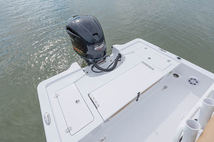 2019 Sportsman Tournament 234 Bay Boat