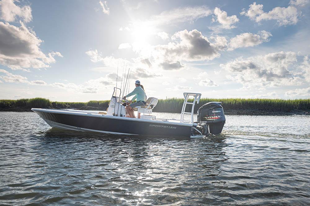 2021 Sportsman Tournament 214 Bay Boat