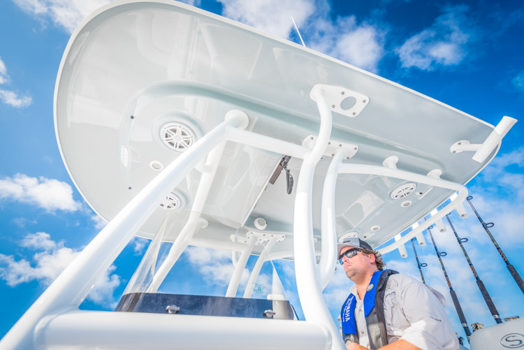 2018 Sportsman Masters 247 Center Console Bay Boat