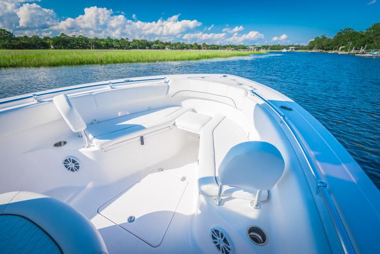 2018 Sportsman Open 252 Center Console Boat