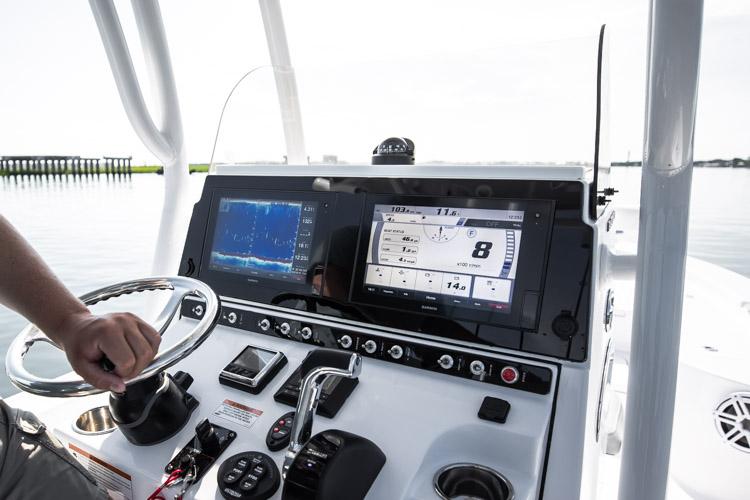 "Detail image of Garmin GPSMAP® 1242xsv Touch MFD 12"""