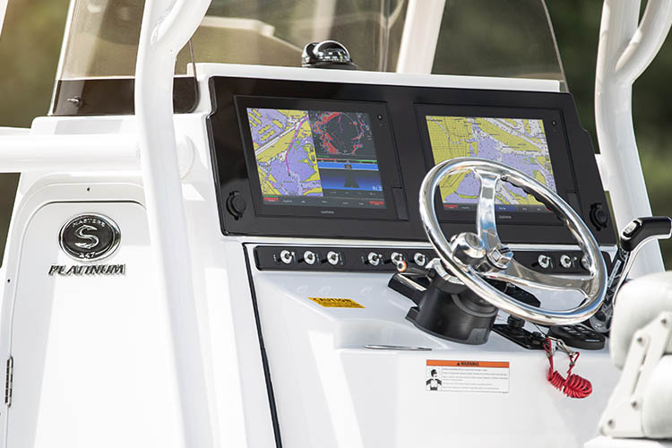 Detail image of Second Garmin GPSMAP® 1242xsv Touch 12""