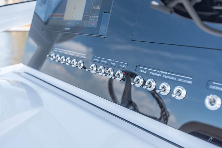 Detail image of 12V Toggle Switches & Horn