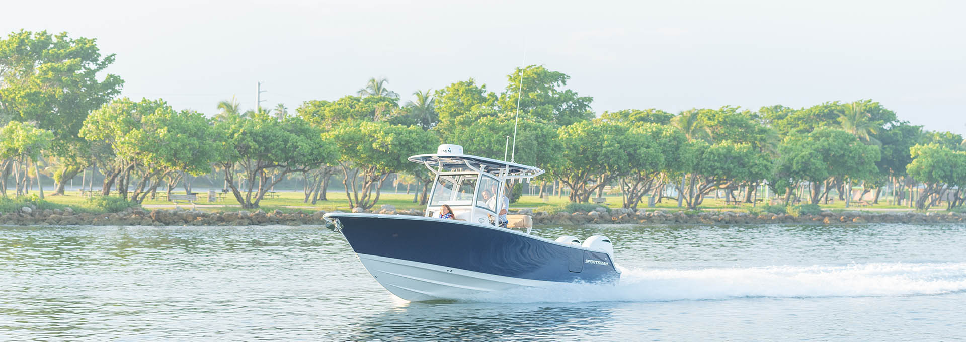 Heritage 251 Center Console Features Sportsman Boats Led Control Products Lectrotab Electromechanical Trim Tab Systems