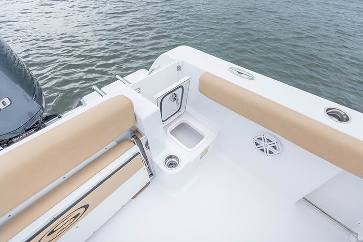 Detail image of Transom Entry Storage
