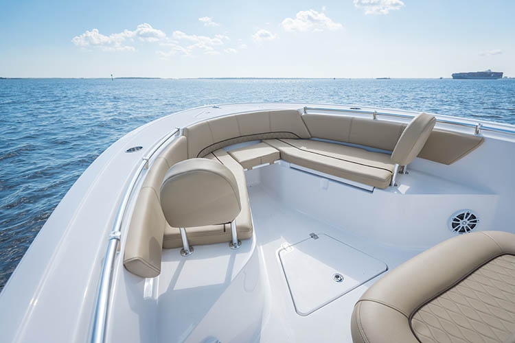 Detail image of Comfortable Bow Layout