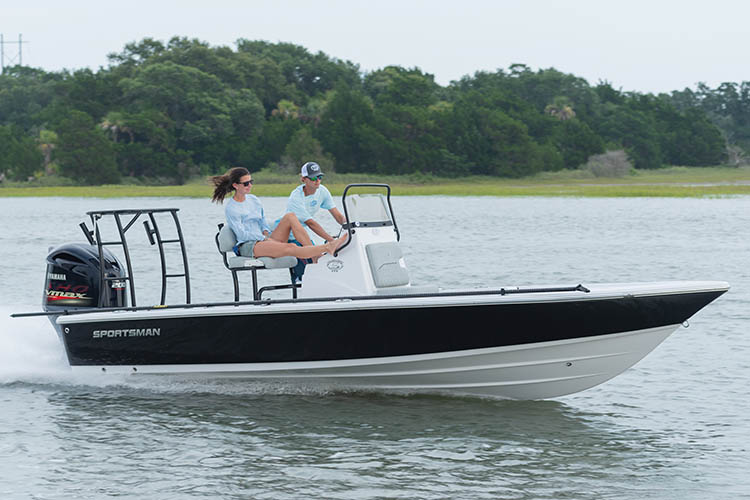 Image of the 2019 Sportsman Tournament 214 Bay Boat