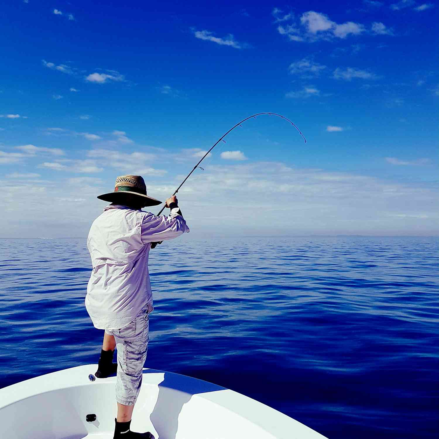 Title: The perfect day - On board their Sportsman Island Reef 19 Center Console - Location: Brisbane. Participating in the Photo Contest #SportsmanAugust2018