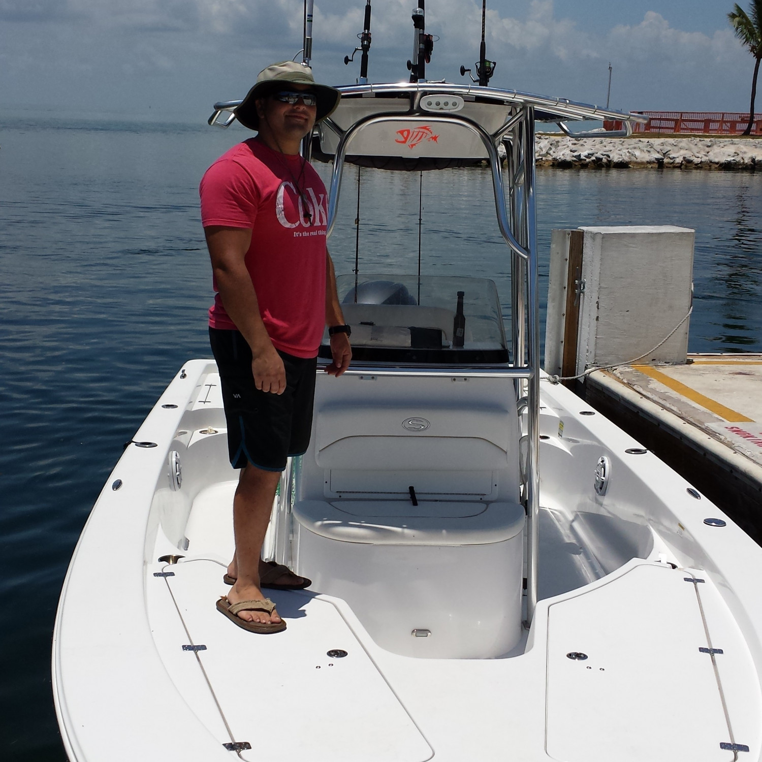 Title: Outdoor Resorts, Long Key Florida - On board their Sportsman Masters 227 Bay Boat - Location: Port Antigua sandbar, Islamorada, Florida. Participating in the Photo Contest #SportsmanFebruary2018