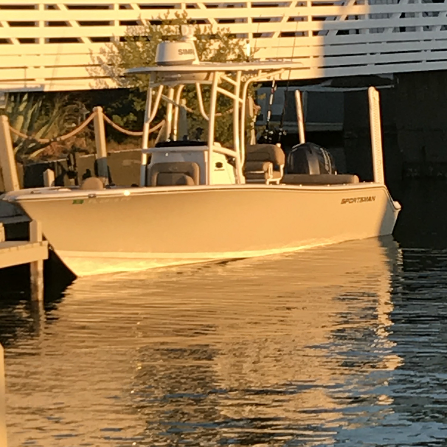 Title: Island life. - On board their Sportsman Heritage 211 Center Console - Location: Islamorada, FL. Participating in the Photo Contest #SportsmanFebruary2018