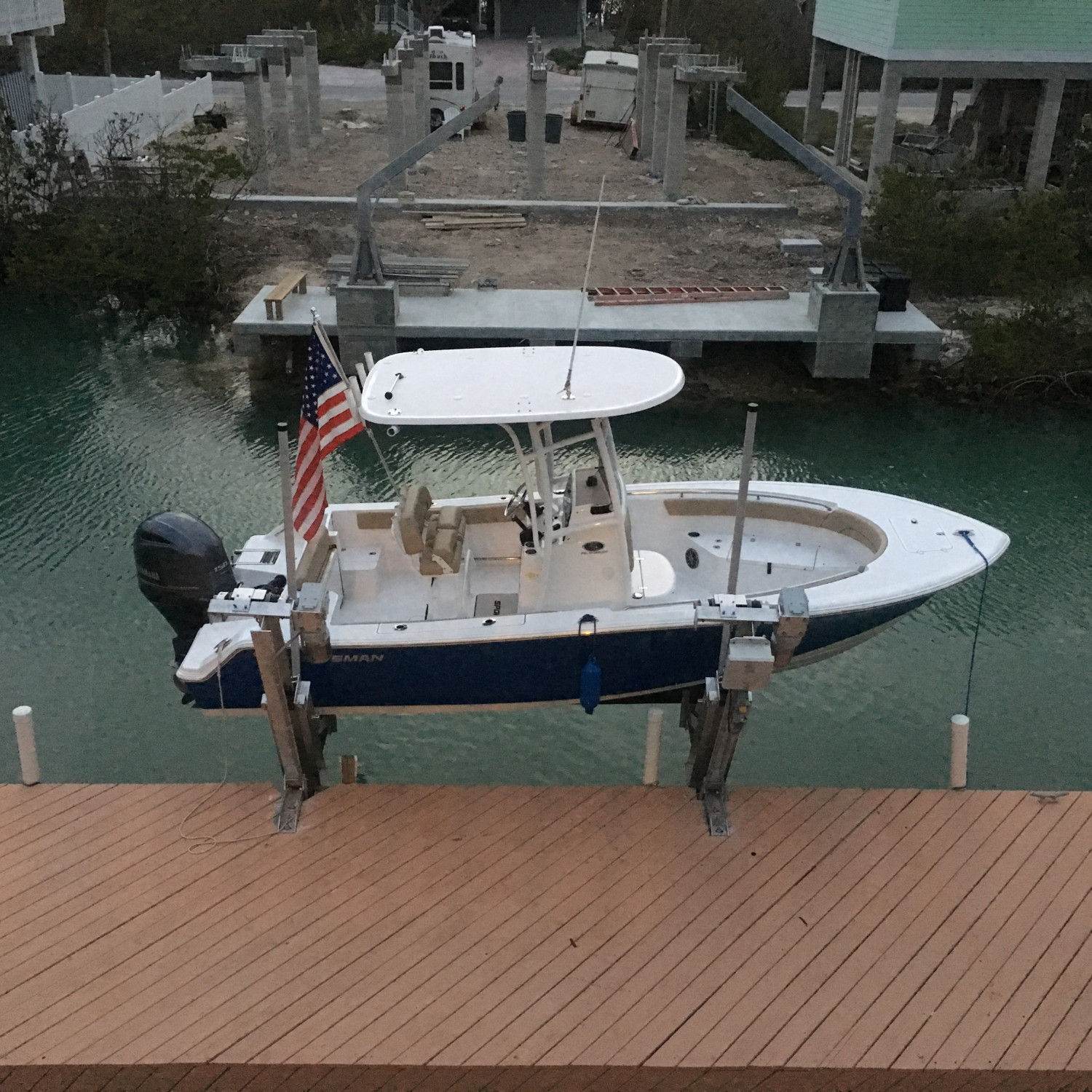 Title: Up on her lift - On board their Sportsman Open 212 Center Console - Location: Cudjoe key. Participating in the Photo Contest #SportsmanFebruary2018