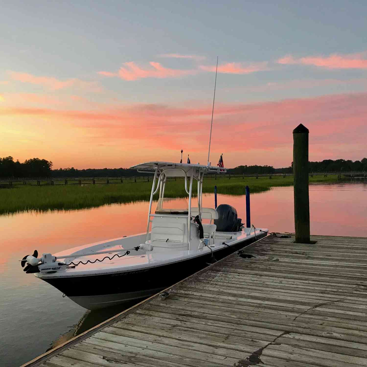 Title: Lowcountry Sunset - On board their Sportsman Masters 227 Bay Boat - Location: Okatie, SC. Participating in the Photo Contest #SportsmanJuly2018