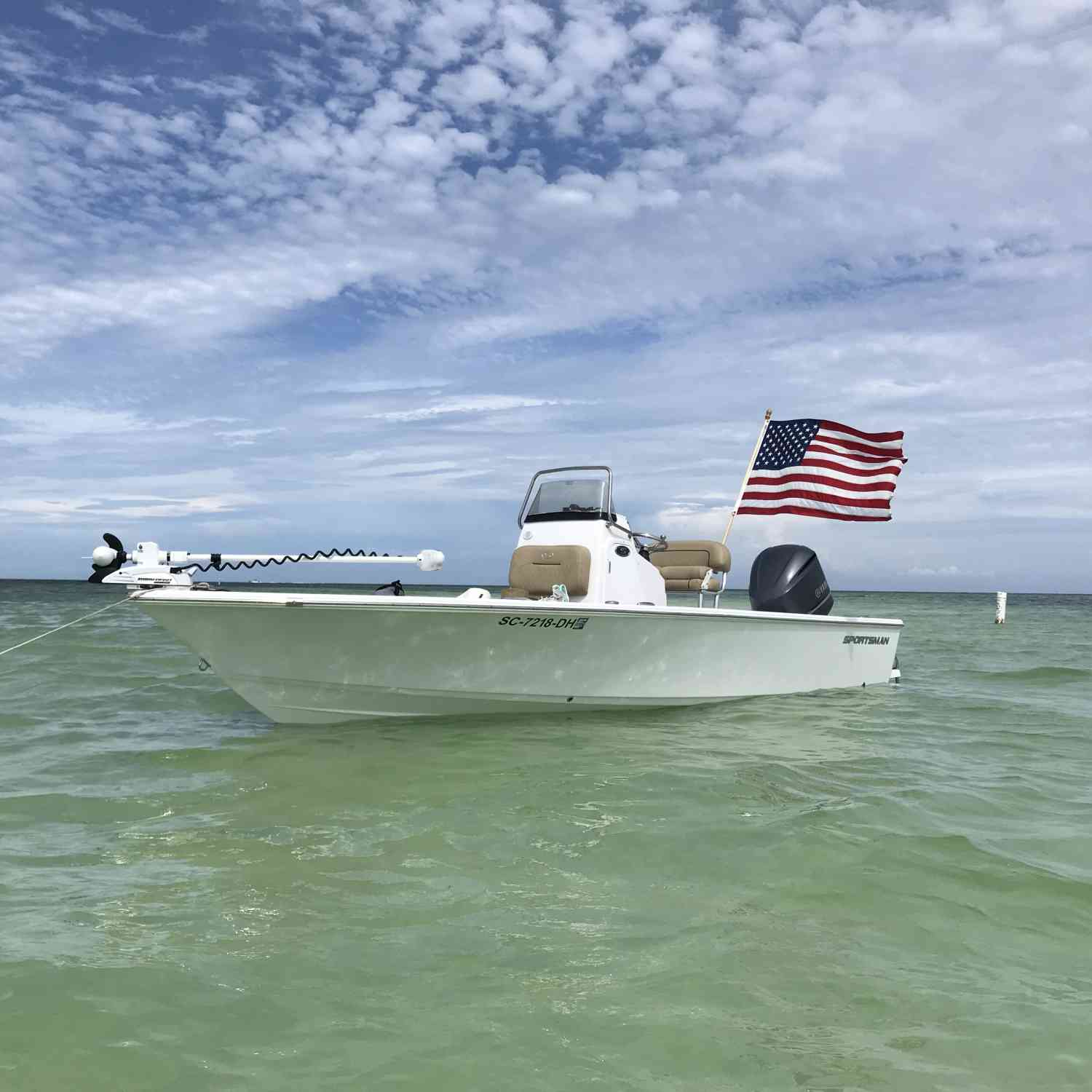 Title: 227 at the Islamorada sandbar - On board their Sportsman Masters 227 Bay Boat - Location: Islamorada Florida. Participating in the Photo Contest #SportsmanJune2018