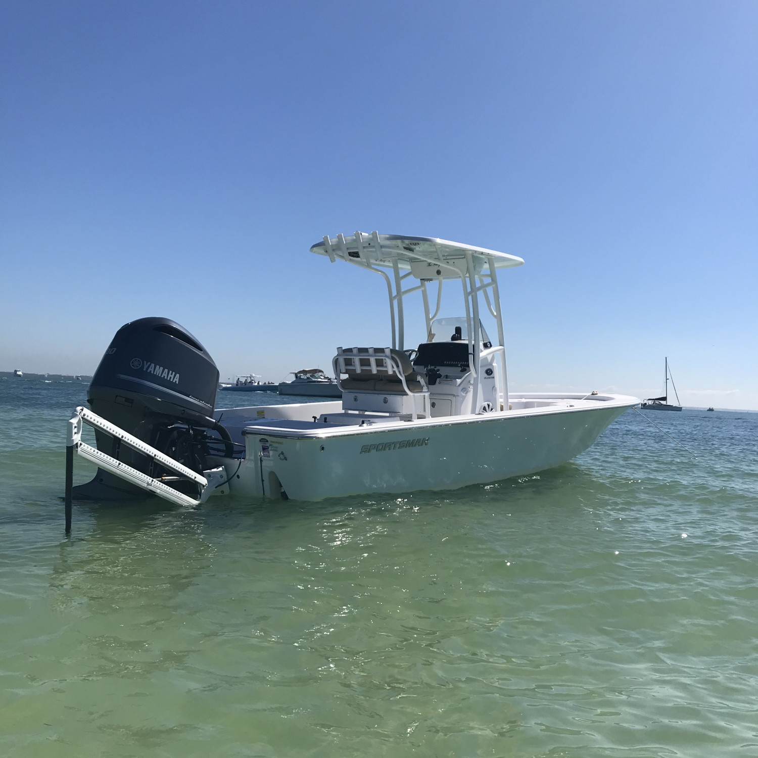 Title: Sunday  funday - On board their Sportsman Masters 247 Bay Boat - Location: Tarpon Springs. Participating in the Photo Contest #SportsmanMarch2018