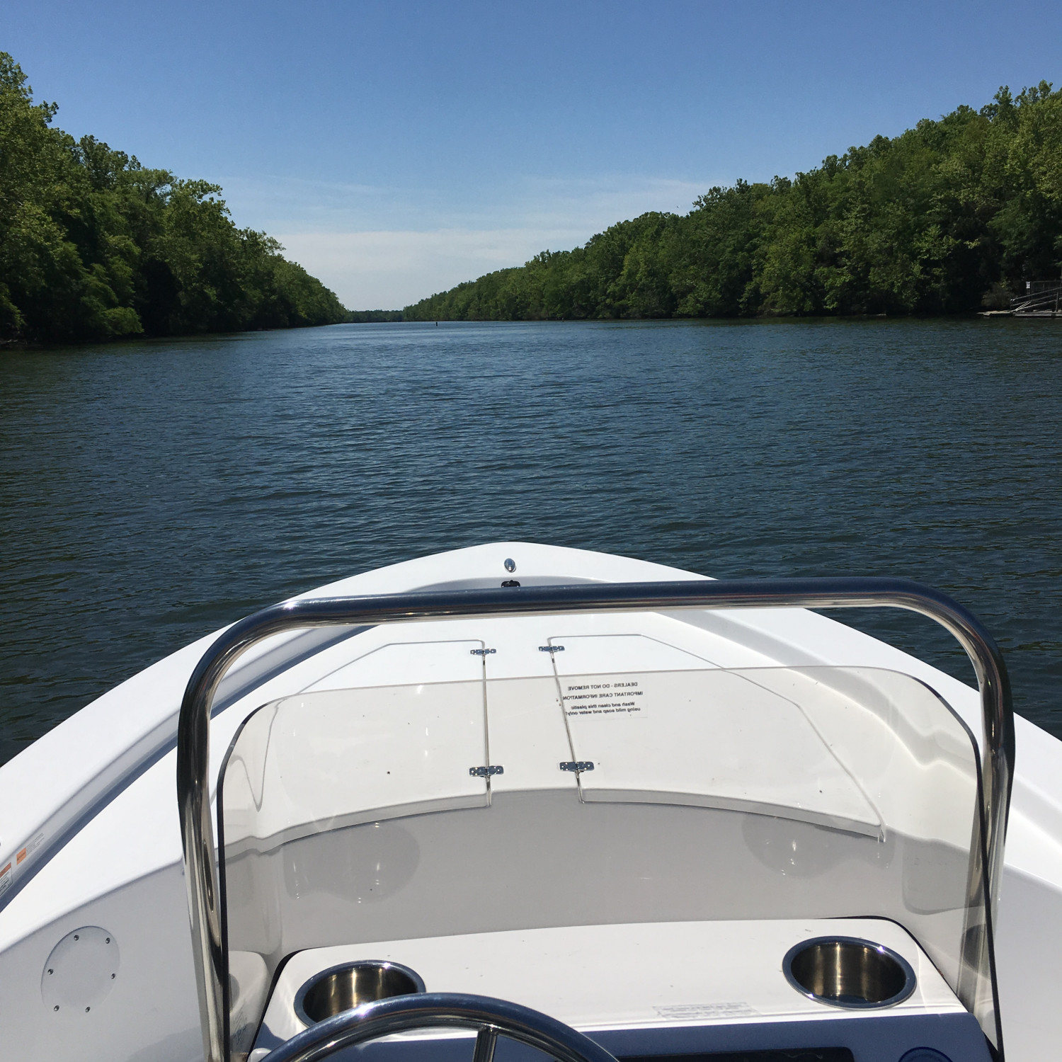 Title: Cooper River Cruise - On board their Sportsman Island Bay 20 Bay Boat - Location: Moncks Corner, SC. Participating in the Photo Contest #SportsmanMay2018