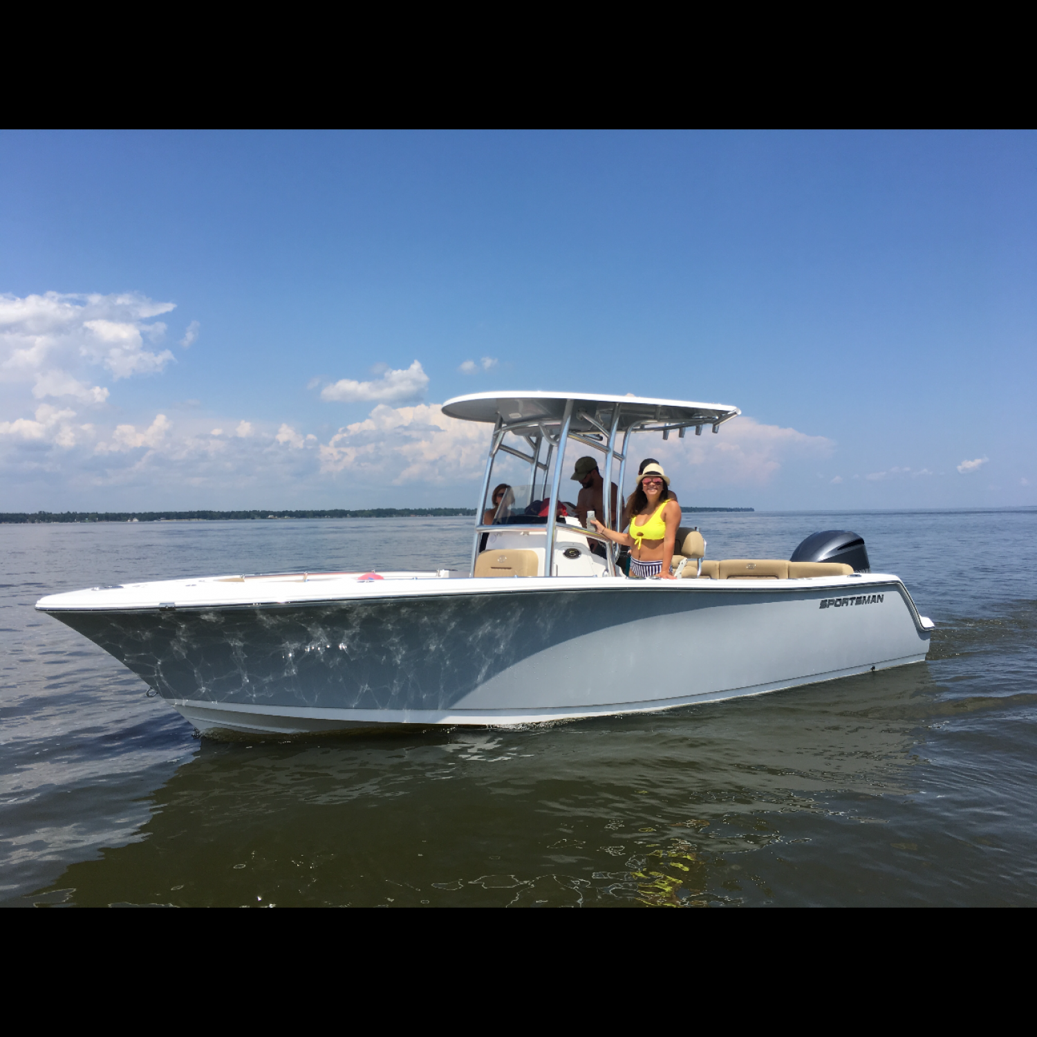 Title: 2018 231 heritage sport - On board their Sportsman Heritage 231 Center Console - Location: Lake Marion, SC. Participating in the Photo Contest #SportsmanSeptember2018