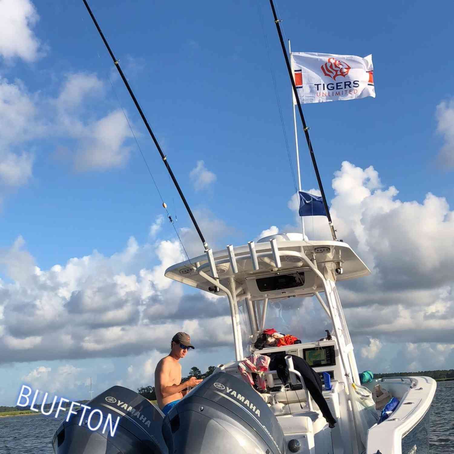 Title: 4th of July Sandbar action - On board their Sportsman Open 252 Center Console - Location: Bluffton, SC. Participating in the Photo Contest #SportsmanSeptember2018