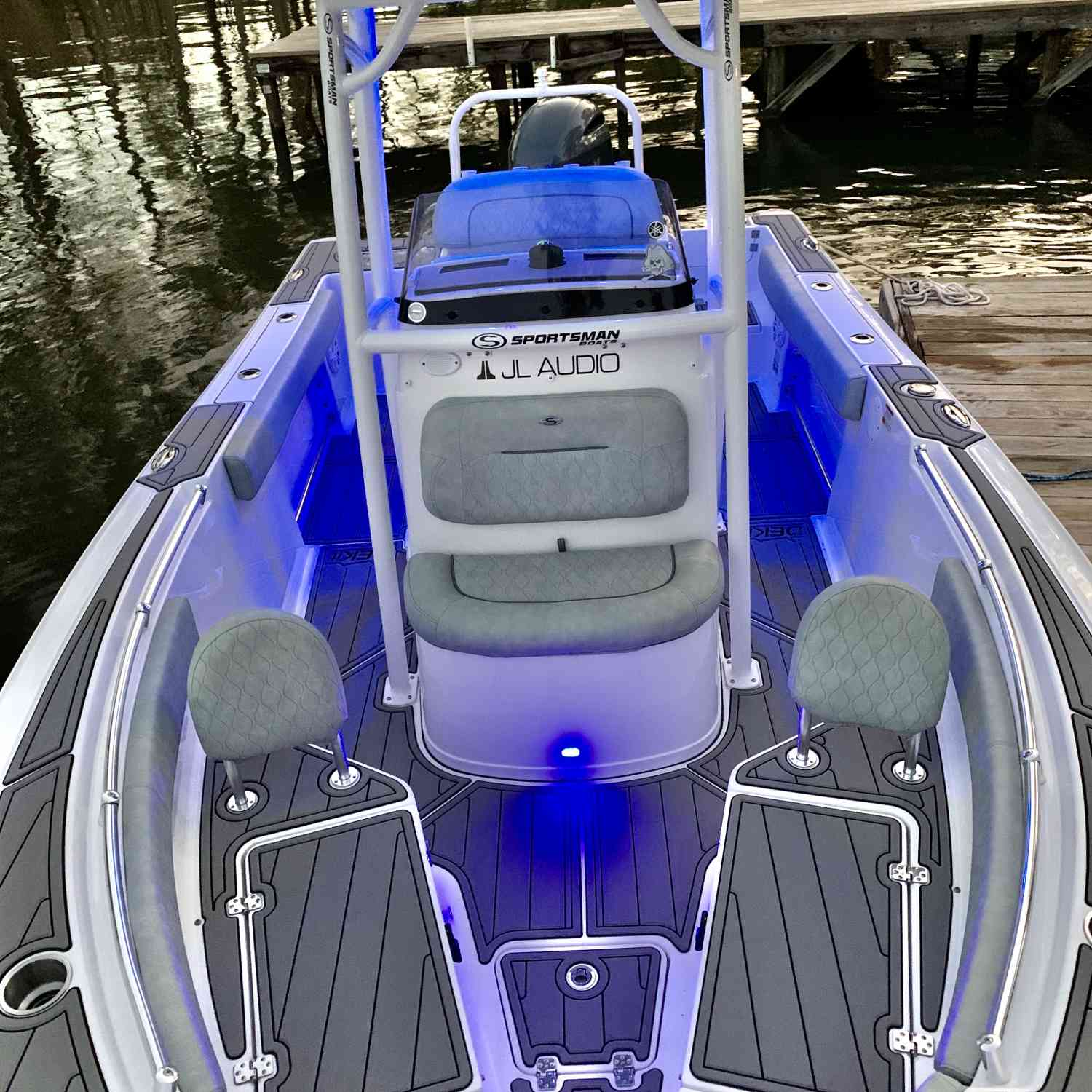 Title: Sunset Rides - On board their Sportsman Open 212 Center Console - Location: Lake Murray SC. Participating in the Photo Contest #SportsmanApril2020