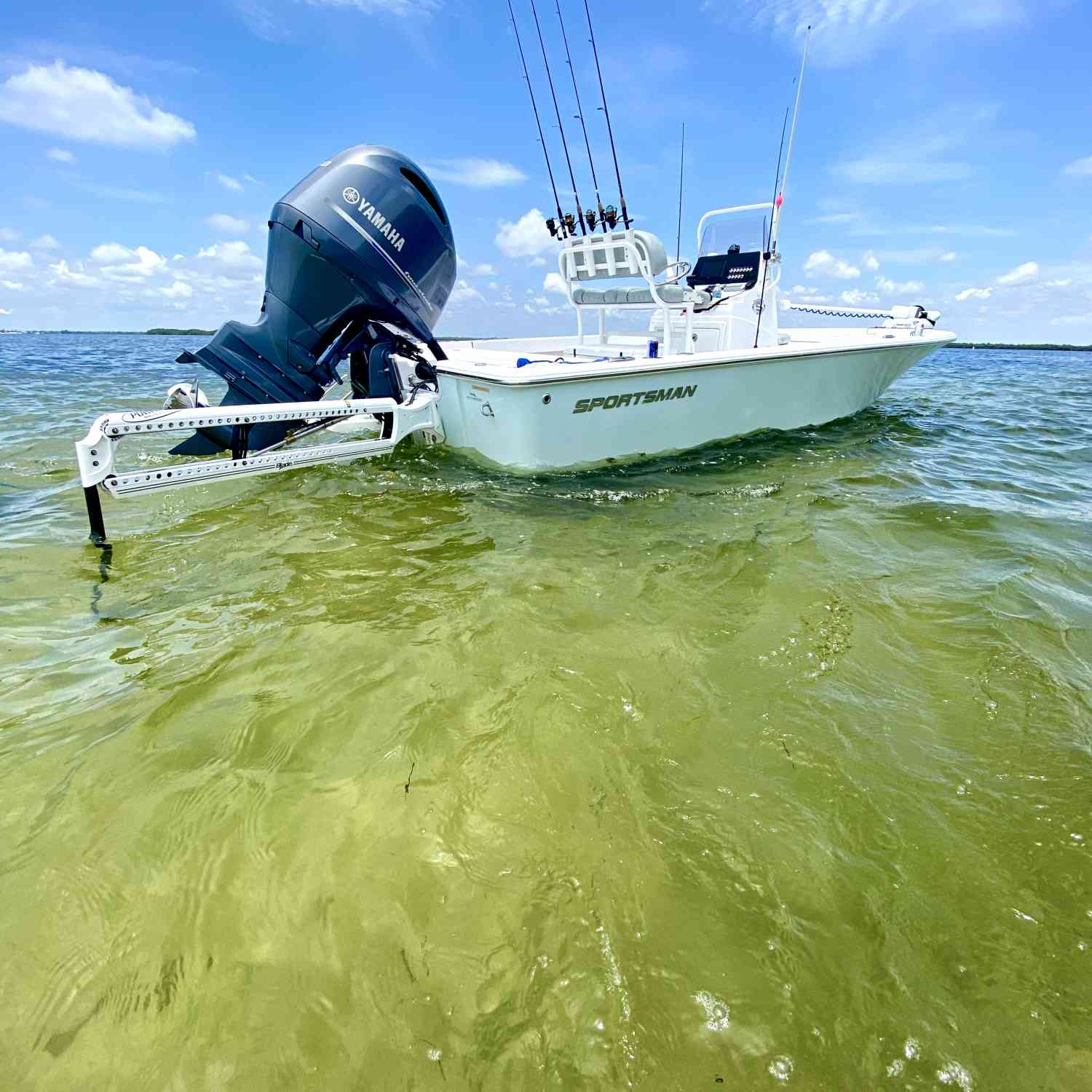 Title: 2019 Masters 207 - On board their Sportsman Masters 207 Bay Boat - Location: Sandy Hook, Crystal River. Participating in the Photo Contest #SportsmanAugust2020