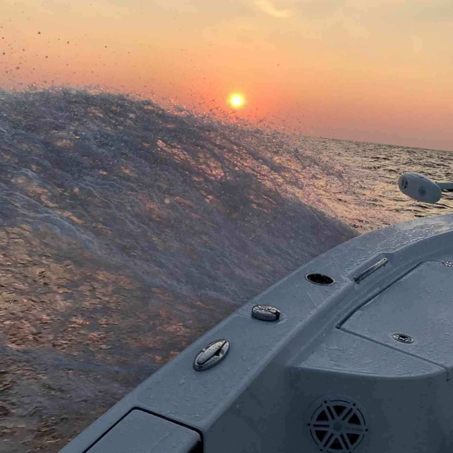 Title: Slicing through swells offshore - On board their Sportsman Masters 227 Bay Boat - Location: middle river md. Participating in the Photo Contest #SportsmanAugust2020