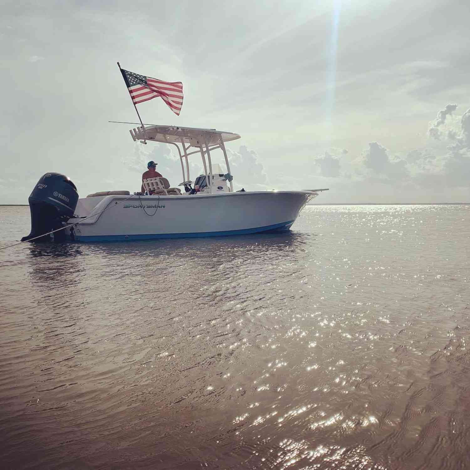 Title: Sandbar Sitting and Sippin - On board their Sportsman Heritage 231 Center Console - Location: Saint Catherine's Island. Participating in the Photo Contest #SportsmanAugust2020