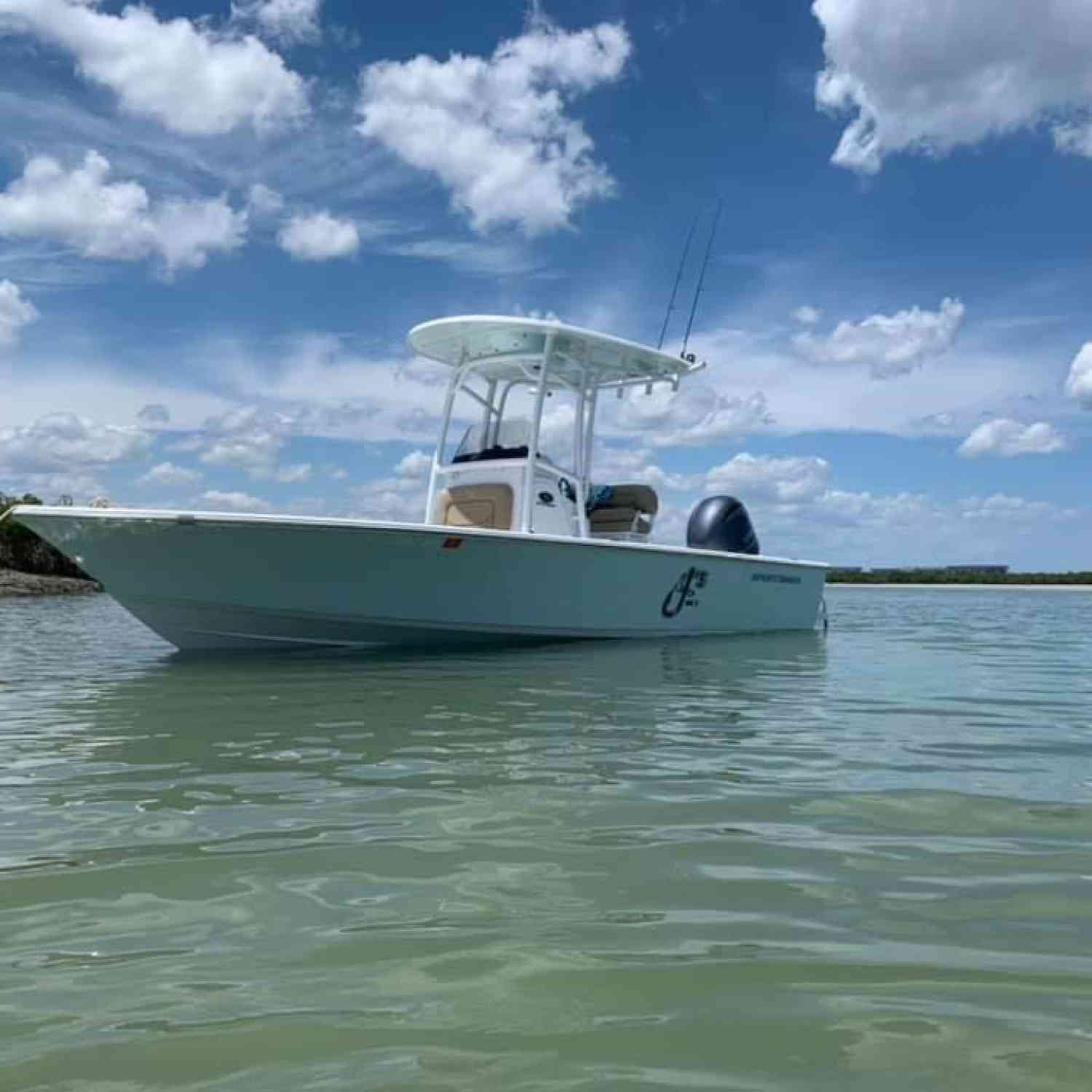 Title: Masters on the hook - On board their Sportsman Masters 227 Bay Boat - Location: Ponce Inlet, FL. Participating in the Photo Contest #SportsmanJune2020