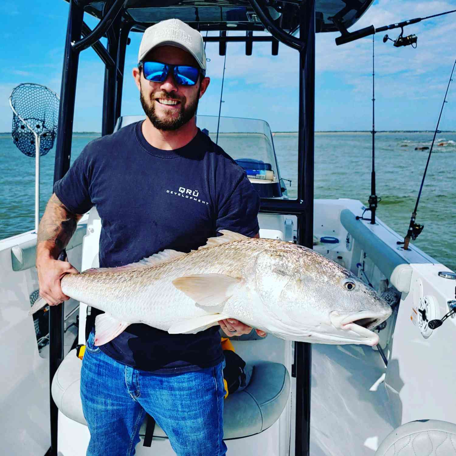 Title: Hunt for Red October - On board their Sportsman Heritage 231 Center Console - Location: Charleston Jetties. Participating in the Photo Contest #SportsmanOctober2020