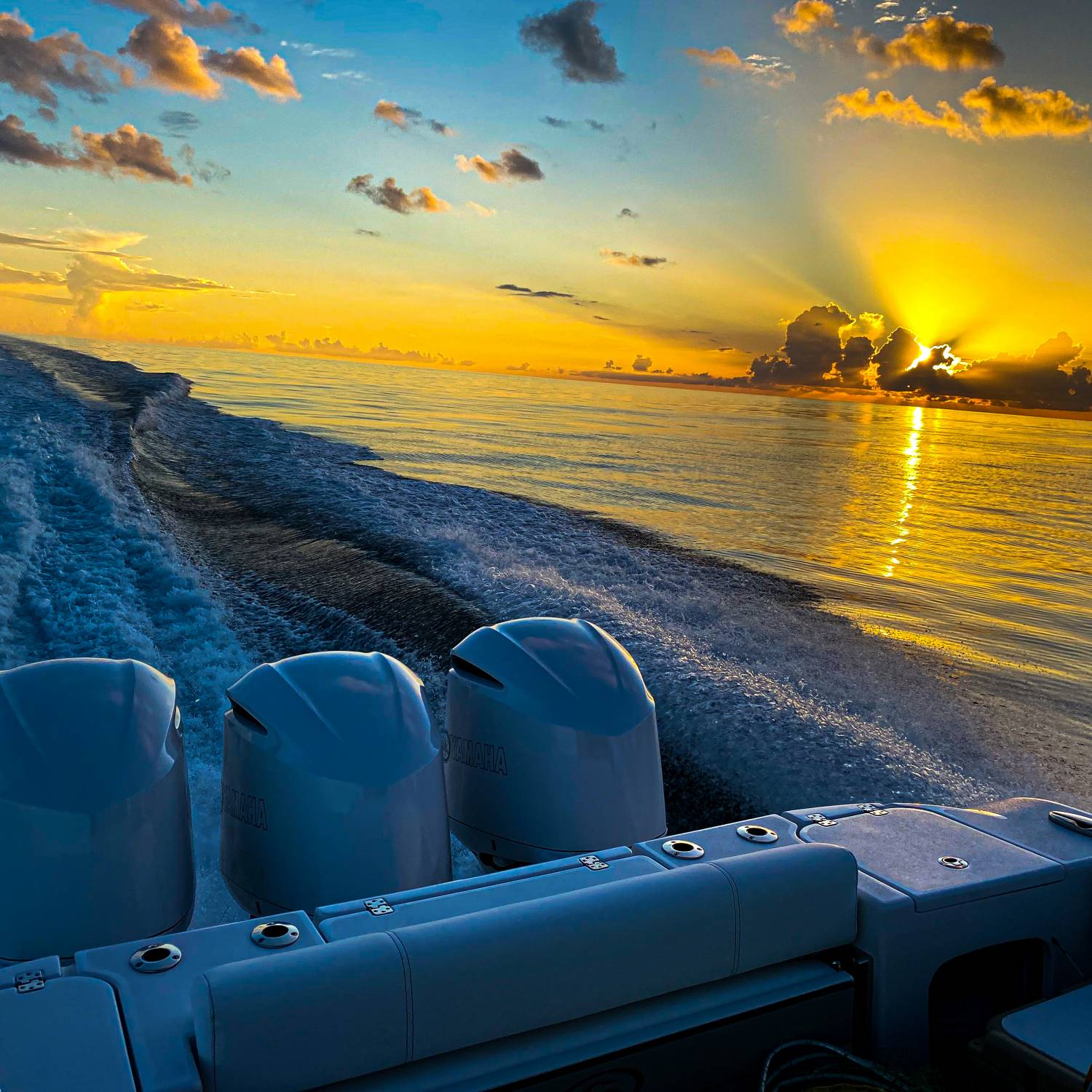 Title: Early morning run to Dry Tortugas - On board their Sportsman Open 352 Center Console - Location: Gulf of Mexico. Participating in the Photo Contest #SportsmanAugust2021