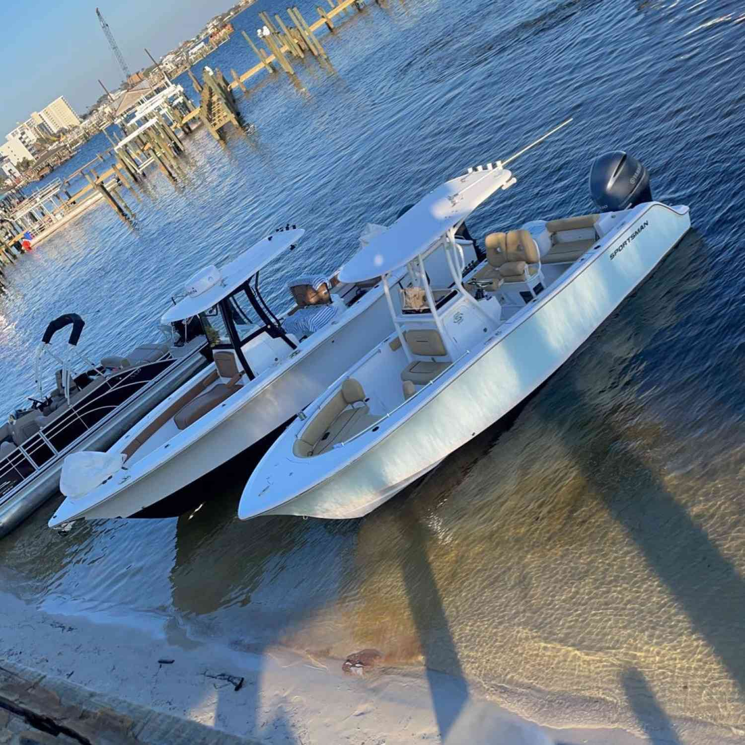 Title: Dinner time - On board their Sportsman Open 242 Center Console - Location: Orange beach Alabama. Participating in the Photo Contest #SportsmanJune2021