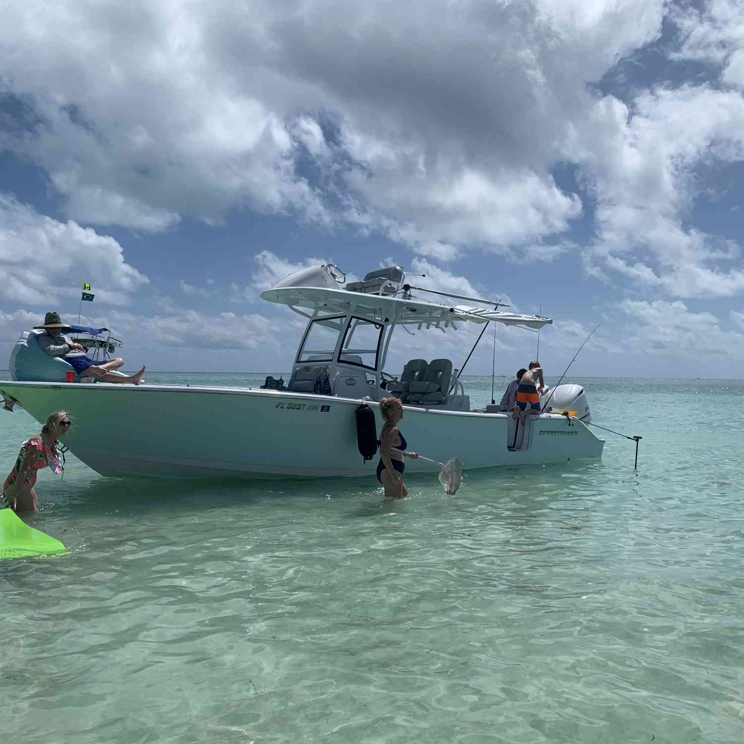 Title: Sandbar Day - On board their Sportsman Open 282TE Center Console - Location: Islamorada. Participating in the Photo Contest #SportsmanMay2021