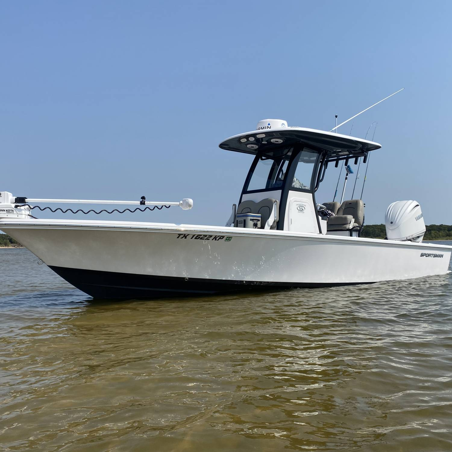 247OE at the islands on Lake Texoma after a morning of fishing.